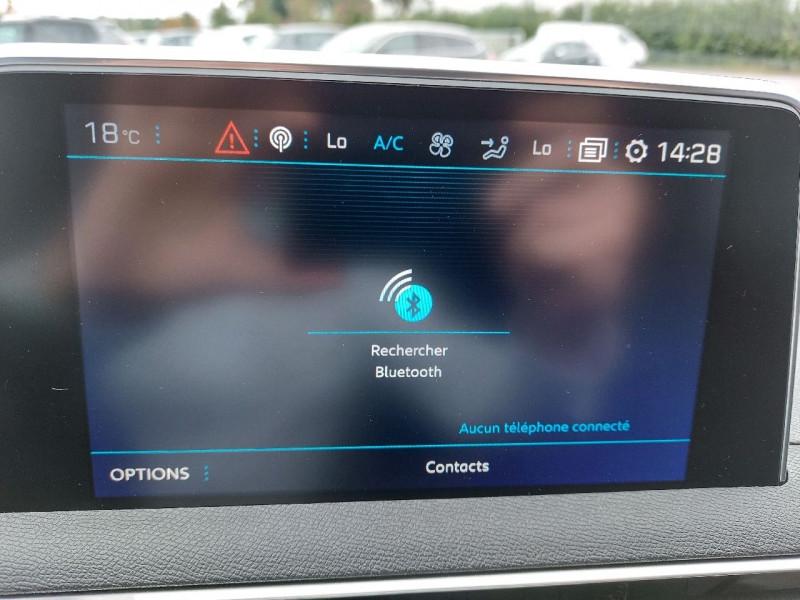 Photo 20 de l'offre de PEUGEOT 3008 1.5 BLUEHDI 130CH E6.C CROSSWAY S&S à 25490€ chez Carlyss automobiles Vitré