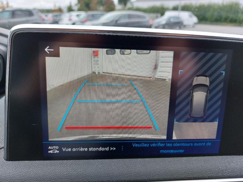 Photo 22 de l'offre de PEUGEOT 3008 1.5 BLUEHDI 130CH E6.C CROSSWAY S&S à 25490€ chez Carlyss automobiles Vitré