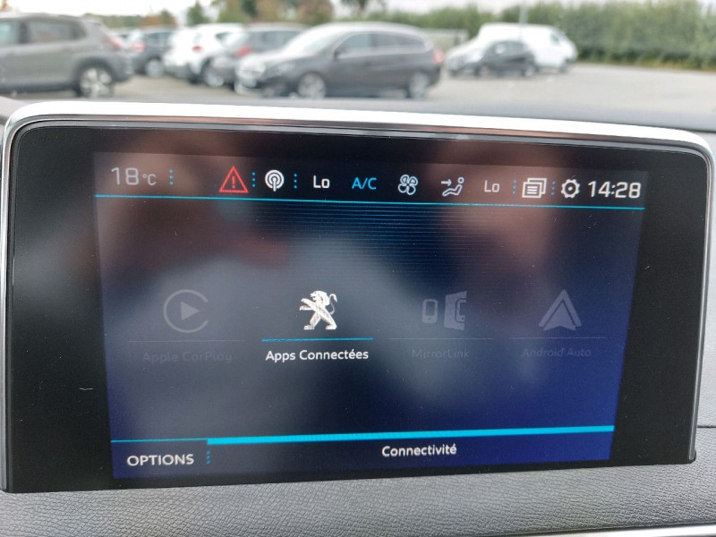 Photo 21 de l'offre de PEUGEOT 3008 1.5 BLUEHDI 130CH E6.C CROSSWAY S&S à 25490€ chez Carlyss automobiles Vitré