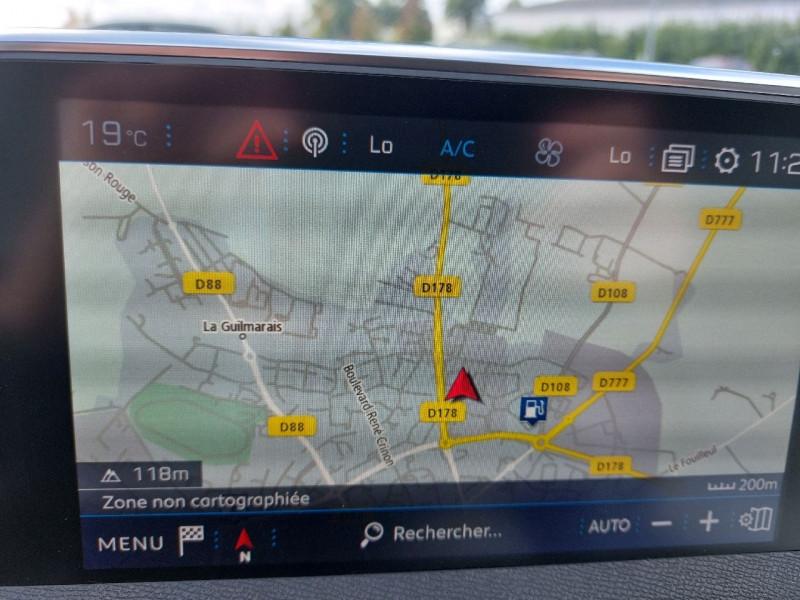 Photo 16 de l'offre de PEUGEOT 3008 2.0 BLUEHDI 150CH ALLURE S&S à 22390€ chez Carlyss automobiles Vitré