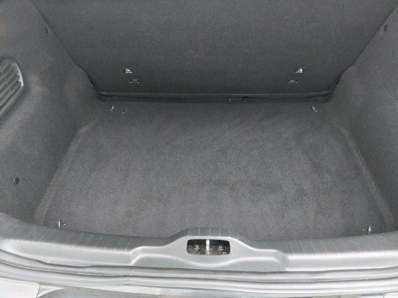 Photo 9 de l'offre de CITROEN C4 CACTUS BLUEHDI 100 SHINE à 11990€ chez Carlyss automobiles Vitré