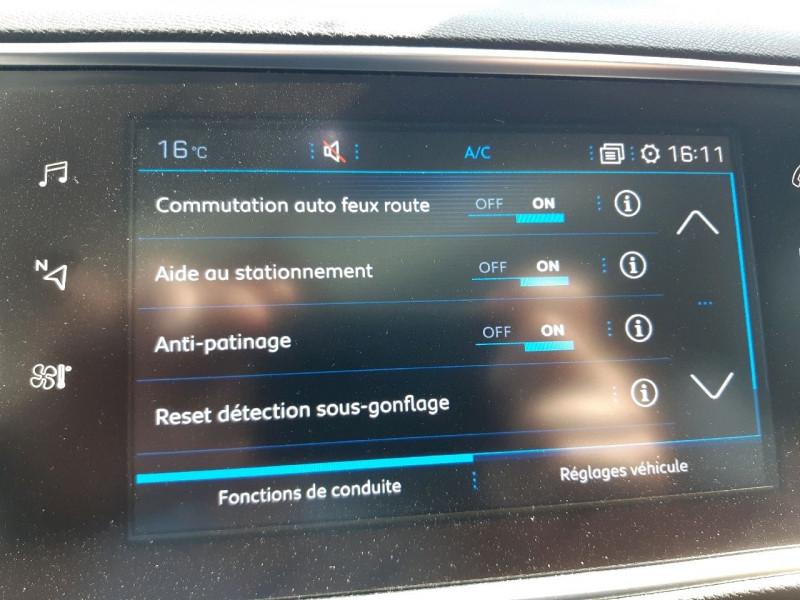 Photo 12 de l'offre de PEUGEOT 308 SW 2.0 BLUEHDI 150CH S&S ALLURE EAT6 à 15790€ chez Carlyss automobiles Vitré