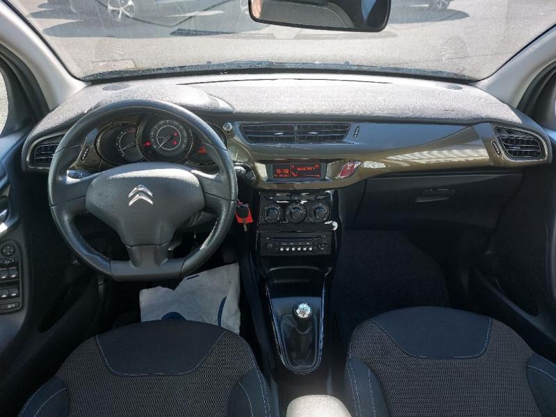 Photo 9 de l'offre de CITROEN C3 1.6 E-HDI90 AIRDREAM COLLECTION à 8490€ chez Carlyss automobiles Vitré