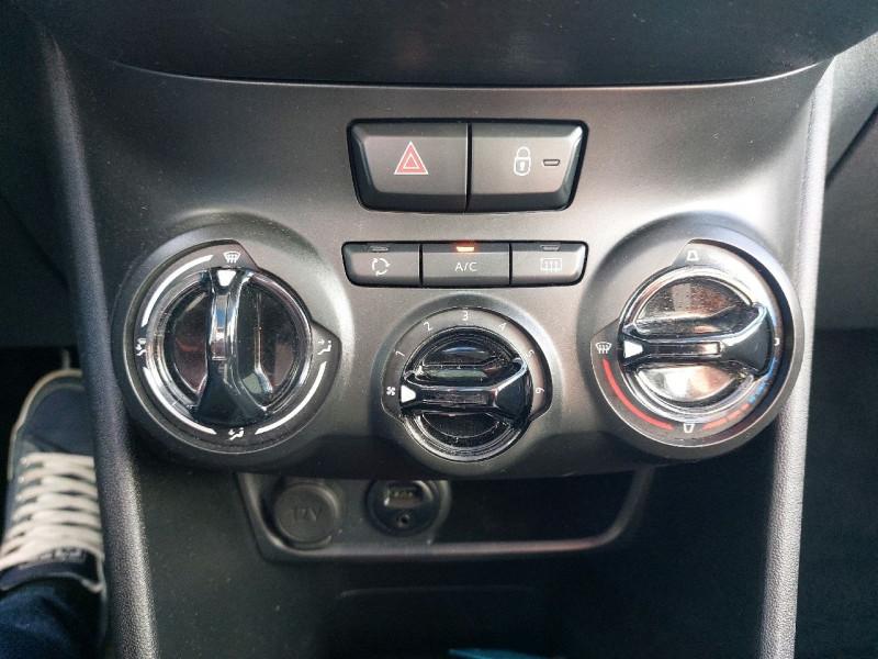 Photo 11 de l'offre de PEUGEOT 208 1.6 BLUEHDI 120CH ALLURE S&S 5P à 13990€ chez Carlyss automobiles Vitré