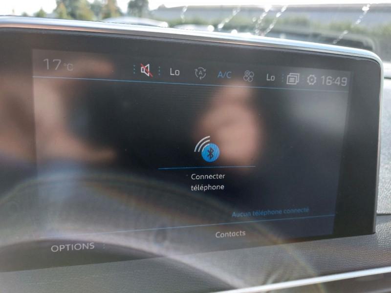Photo 14 de l'offre de PEUGEOT 3008 1.5 BLUEHDI 130CH E6.C ACTIVE S&S à 20990€ chez Carlyss automobiles Vitré