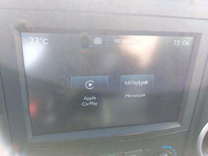 Photo 15 de l'offre de PEUGEOT PARTNER TEPEE 1.6 BLUEHDI 100CH ACTIVE S&S ETG6 à 12990€ chez Carlyss automobiles Vitré