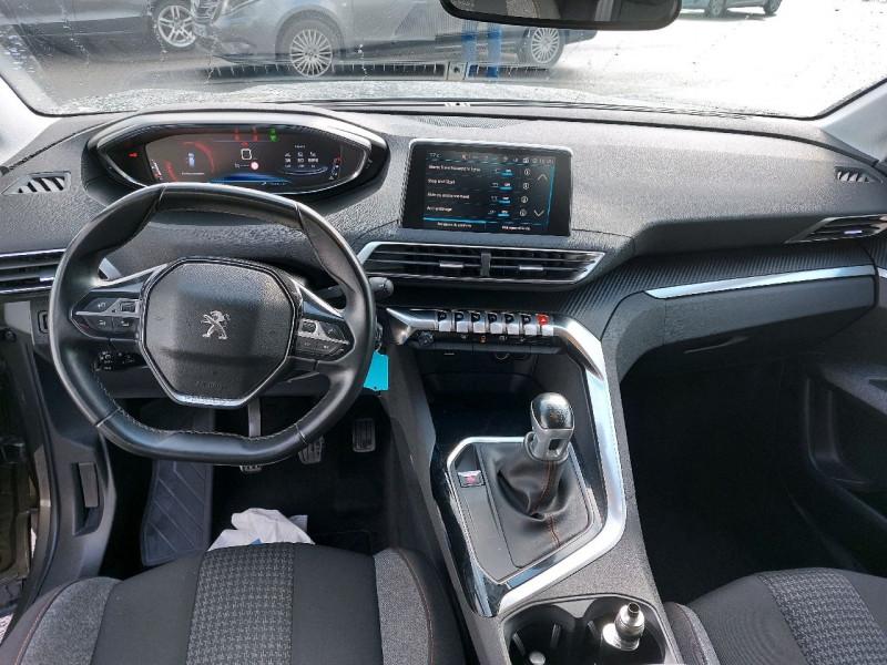 Photo 9 de l'offre de PEUGEOT 3008 1.5 BLUEHDI 130CH E6.C ACTIVE S&S à 20990€ chez Carlyss automobiles Vitré