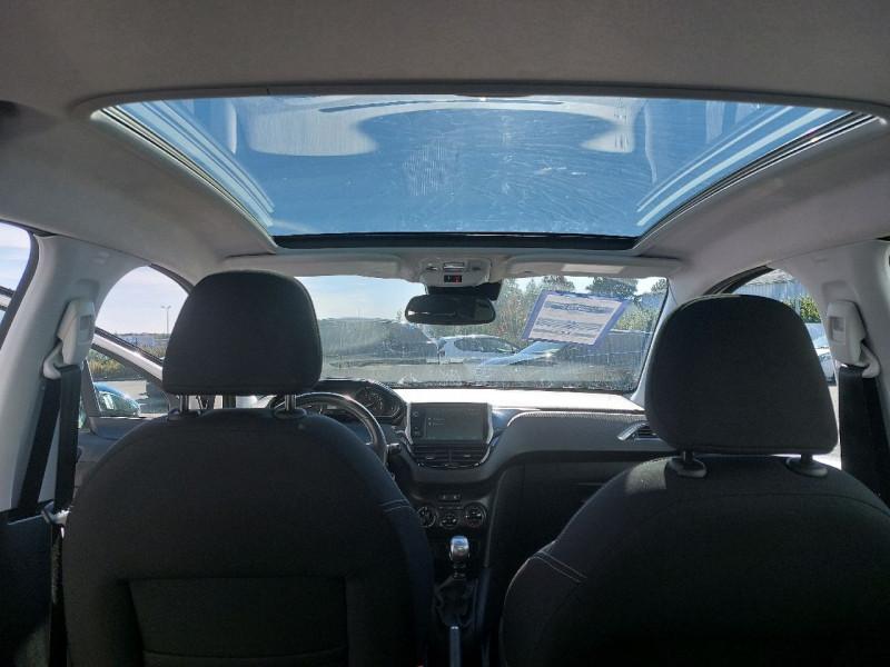 Photo 9 de l'offre de PEUGEOT 208 1.6 BLUEHDI 120CH ALLURE S&S 5P à 13990€ chez Carlyss automobiles Vitré