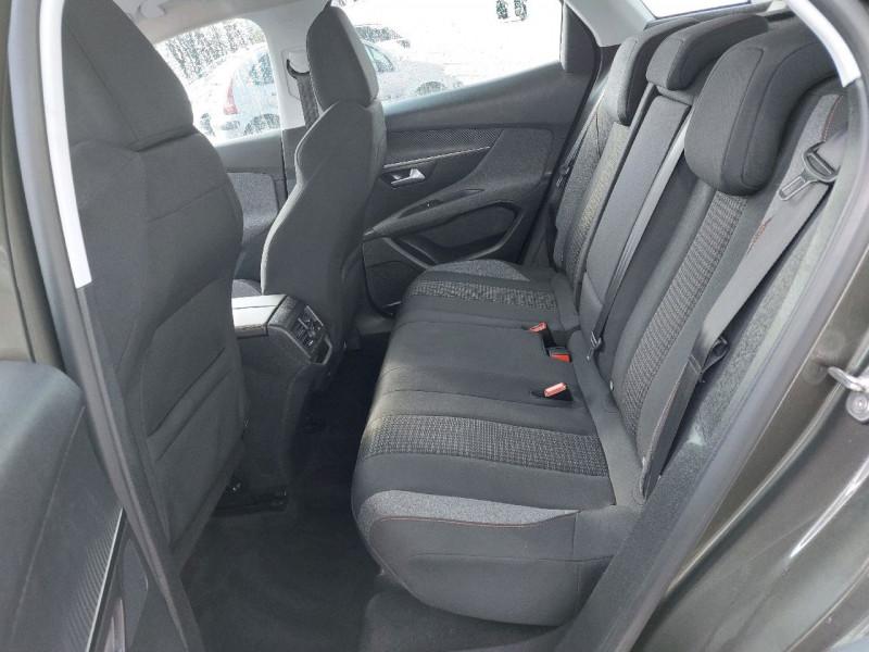 Photo 8 de l'offre de PEUGEOT 3008 1.5 BLUEHDI 130CH E6.C ACTIVE S&S à 20990€ chez Carlyss automobiles Vitré