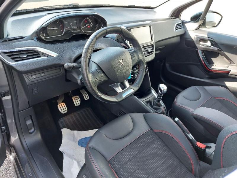 Photo 8 de l'offre de PEUGEOT 208 1.6 BLUEHDI 120CH GT LINE S&S 5P à 14990€ chez Carlyss automobiles Vitré