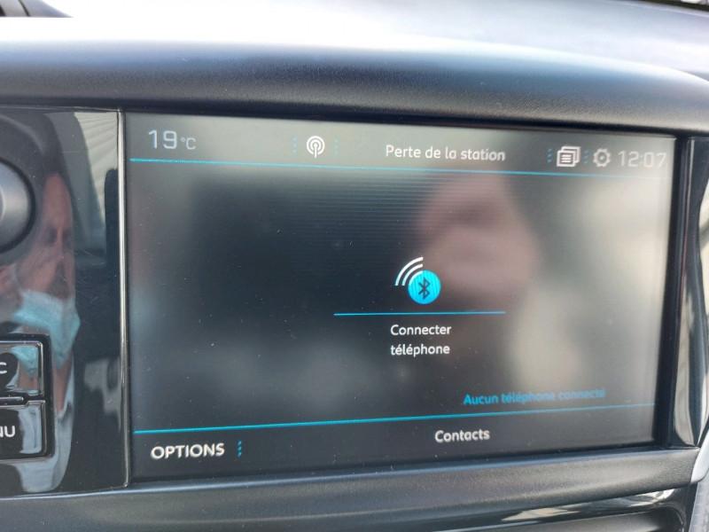 Photo 19 de l'offre de PEUGEOT 208 1.6 BLUEHDI 120CH GT LINE S&S 5P à 14990€ chez Carlyss automobiles Vitré