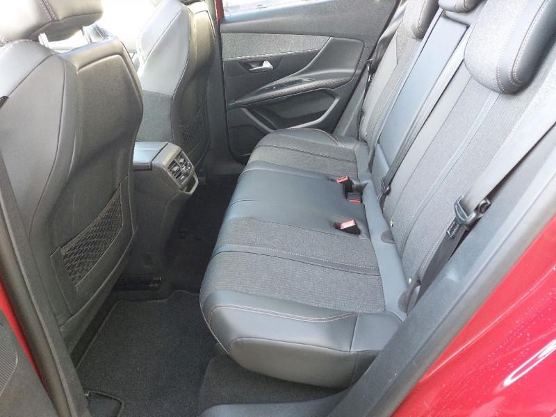 Photo 12 de l'offre de PEUGEOT 3008 2.0 BLUEHDI 150CH GT LINE S&S à 22790€ chez Carlyss automobiles Vitré