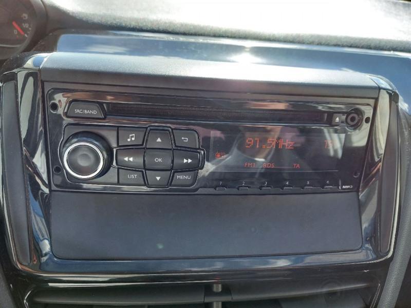Photo 9 de l'offre de PEUGEOT 208 1.2 VTI ACCESS 5P à 7990€ chez Carlyss automobiles Vitré