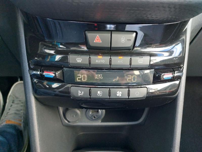 Photo 15 de l'offre de PEUGEOT 208 1.6 BLUEHDI 120CH GT LINE S&S 5P à 14990€ chez Carlyss automobiles Vitré