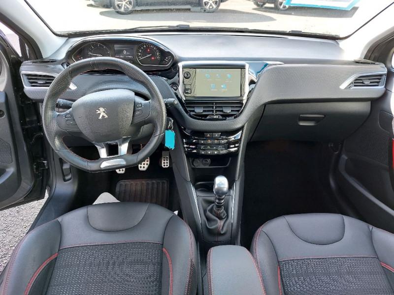 Photo 10 de l'offre de PEUGEOT 208 1.6 BLUEHDI 120CH GT LINE S&S 5P à 14990€ chez Carlyss automobiles Vitré