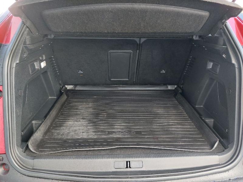 Photo 24 de l'offre de PEUGEOT 3008 2.0 BLUEHDI 150CH GT LINE S&S à 22790€ chez Carlyss automobiles Vitré
