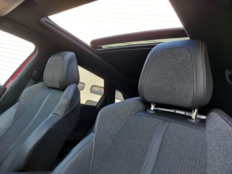 Photo 11 de l'offre de PEUGEOT 3008 2.0 BLUEHDI 150CH GT LINE S&S à 22790€ chez Carlyss automobiles Vitré