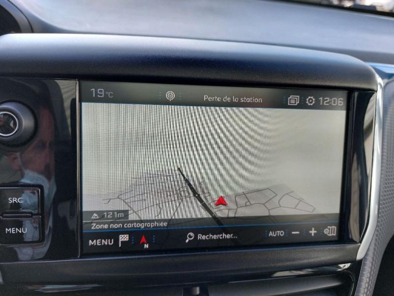 Photo 17 de l'offre de PEUGEOT 208 1.6 BLUEHDI 120CH GT LINE S&S 5P à 14990€ chez Carlyss automobiles Vitré