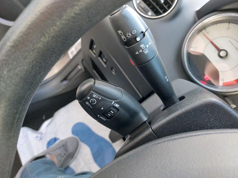 Photo 12 de l'offre de PEUGEOT 308 SW 1.6 E-HDI115 FAP ACCESS à 6490€ chez Carlyss automobiles Vitré