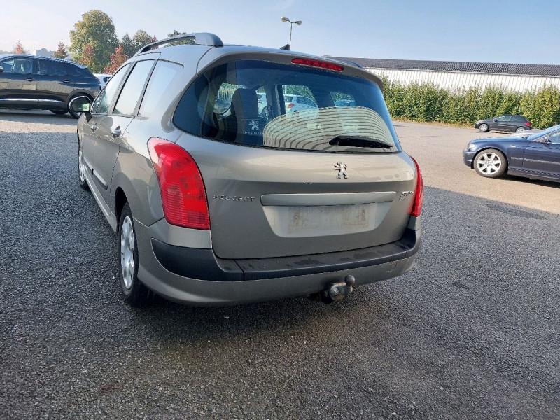 Photo 4 de l'offre de PEUGEOT 308 SW 1.6 E-HDI115 FAP ACCESS à 6490€ chez Carlyss automobiles Vitré