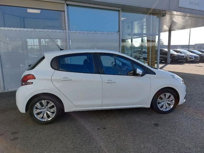 Photo 2 de l'offre de PEUGEOT 208 AFFAIRE 1.6 BLUEHDI 100CH PACK CLIM NAV 5P à 8290€ chez Carlyss automobiles Vitré
