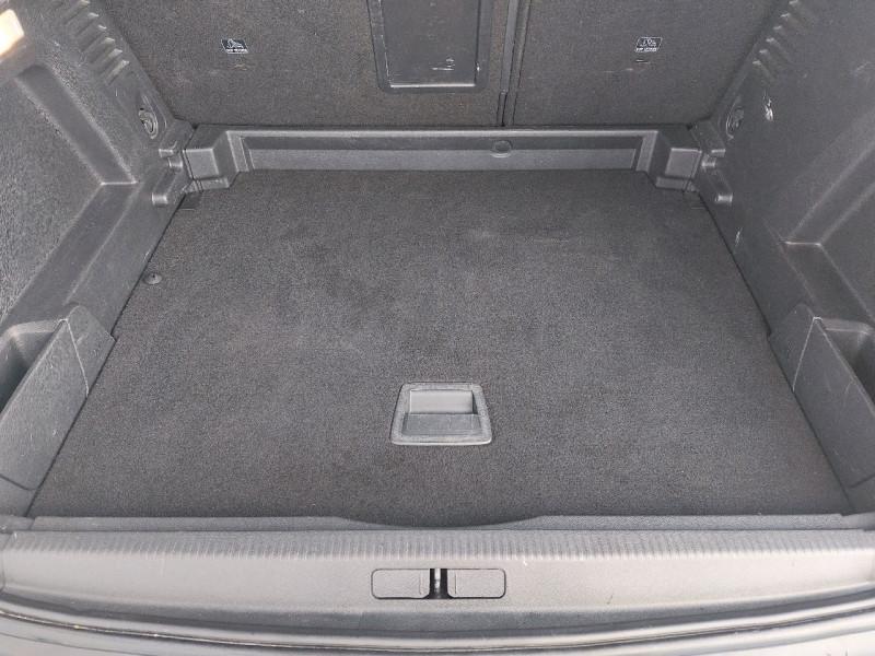 Photo 9 de l'offre de PEUGEOT 3008 1.5 BLUEHDI 130CH E6.C ALLURE S&S à 20990€ chez Carlyss automobiles Vitré