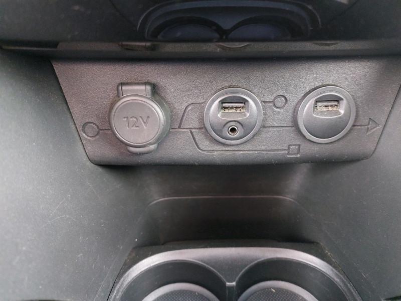 Photo 14 de l'offre de PEUGEOT 2008 1.6 E-HDI115 FAP ALLURE à 10990€ chez Carlyss automobiles Vitré
