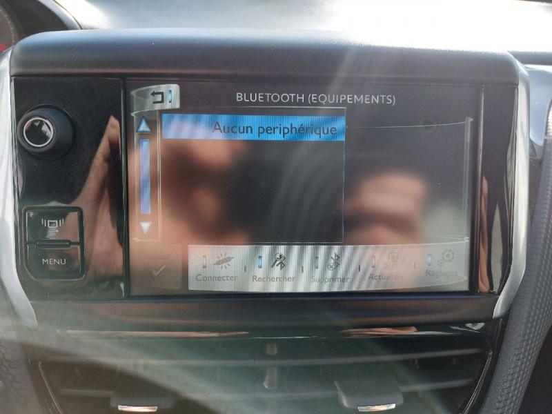 Photo 21 de l'offre de PEUGEOT 2008 1.6 E-HDI115 FAP ALLURE à 10990€ chez Carlyss automobiles Vitré