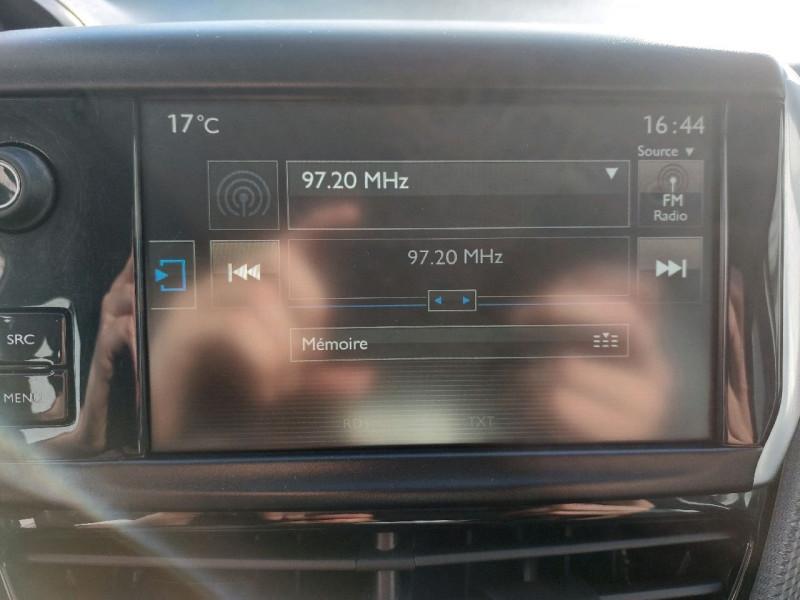 Photo 14 de l'offre de PEUGEOT 2008 1.2 PURETECH 110CH ACTIVE à 10990€ chez Carlyss automobiles Vitré