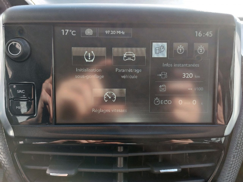 Photo 18 de l'offre de PEUGEOT 2008 1.2 PURETECH 110CH ACTIVE à 10990€ chez Carlyss automobiles Vitré