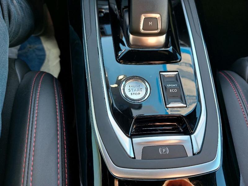 Photo 16 de l'offre de PEUGEOT 308 SW 2.0 BLUEHDI 180CH S&S GT EAT8 à 19990€ chez Carlyss automobiles Vitré