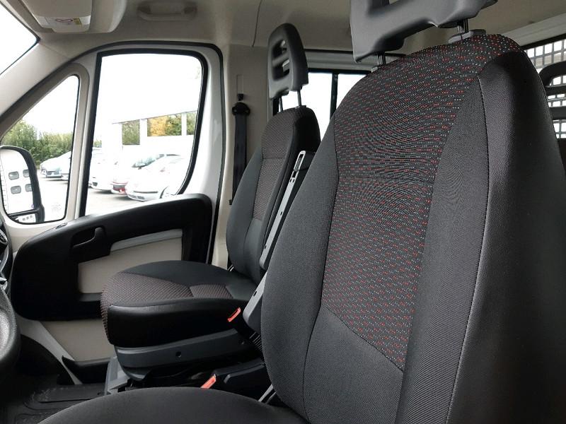 Photo 7 de l'offre de CITROEN JUMPER CCB 35 L2 2.2 HDI 130 DOUBLE CABINE CONFORT à 16490€ chez Carlyss automobiles Vitré