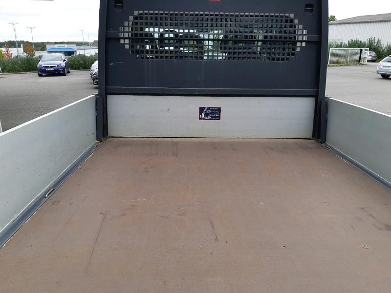 Photo 5 de l'offre de CITROEN JUMPER CCB 35 L2 2.2 HDI 130 DOUBLE CABINE CONFORT à 16490€ chez Carlyss automobiles Vitré