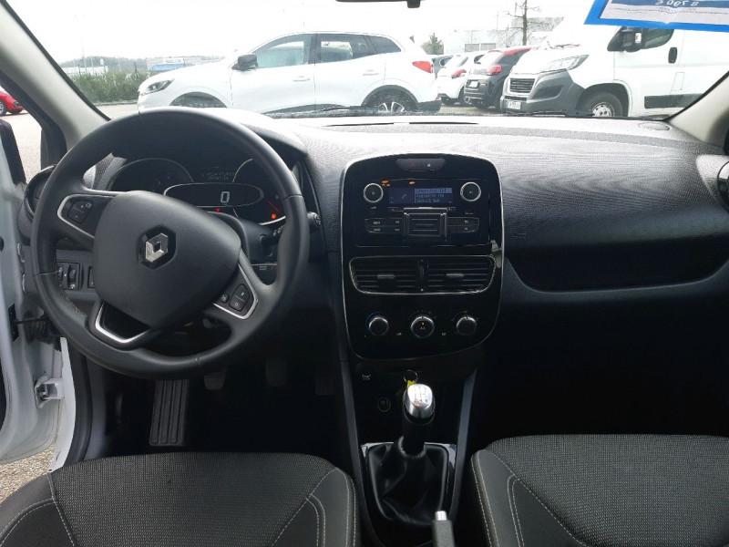 Photo 7 de l'offre de RENAULT CLIO IV ESTATE 1.5 DCI 90CH ENERGY ZEN EURO6C à 9990€ chez Carlyss automobiles Vitré
