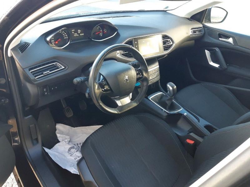 Photo 5 de l'offre de PEUGEOT 308 1.6 BLUEHDI 100CH ACTIVE BUSINESS S&S 5P à 10990€ chez Carlyss automobiles Vitré