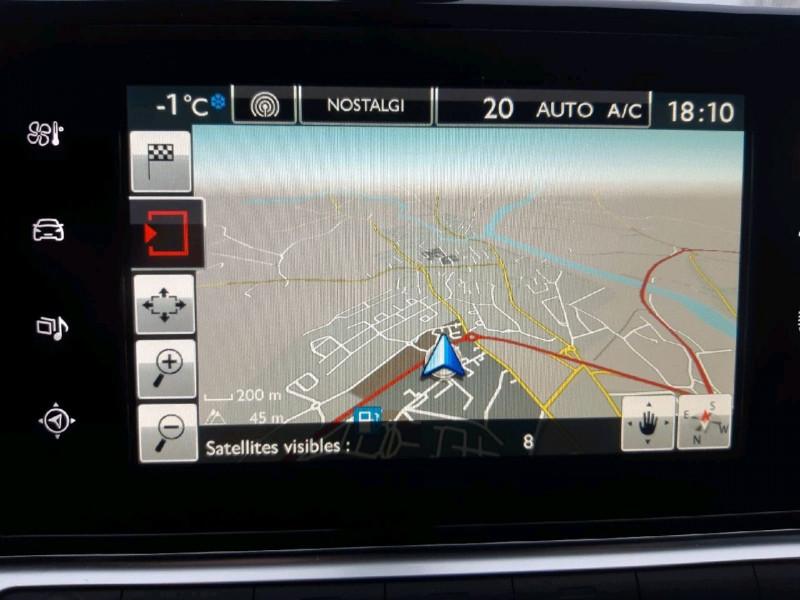 Photo 9 de l'offre de CITROEN C4 CACTUS PURETECH 82 SHINE à 11490€ chez Carlyss automobiles Vitré
