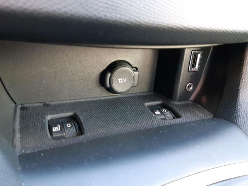 Photo 13 de l'offre de PEUGEOT 308 2.0 BLUEHDI 150CH ALLURE S&S EAT6 5P à 16990€ chez Carlyss automobiles Vitré