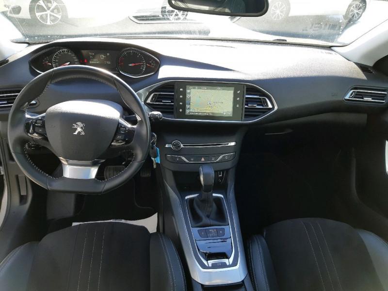Photo 9 de l'offre de PEUGEOT 308 2.0 BLUEHDI 150CH ALLURE S&S EAT6 5P à 16990€ chez Carlyss automobiles Vitré