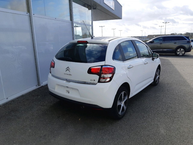 Photo 3 de l'offre de CITROEN C3 BLUEHDI 100 FEEL EDITION S&S à 10490€ chez Carlyss automobiles Vitré