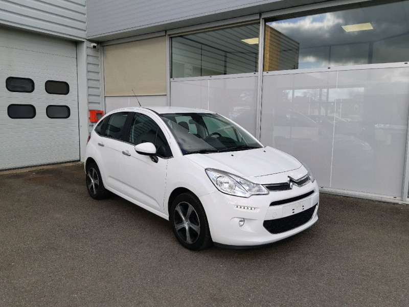 Photo 1 de l'offre de CITROEN C3 BLUEHDI 100 FEEL EDITION S&S à 10490€ chez Carlyss automobiles Vitré