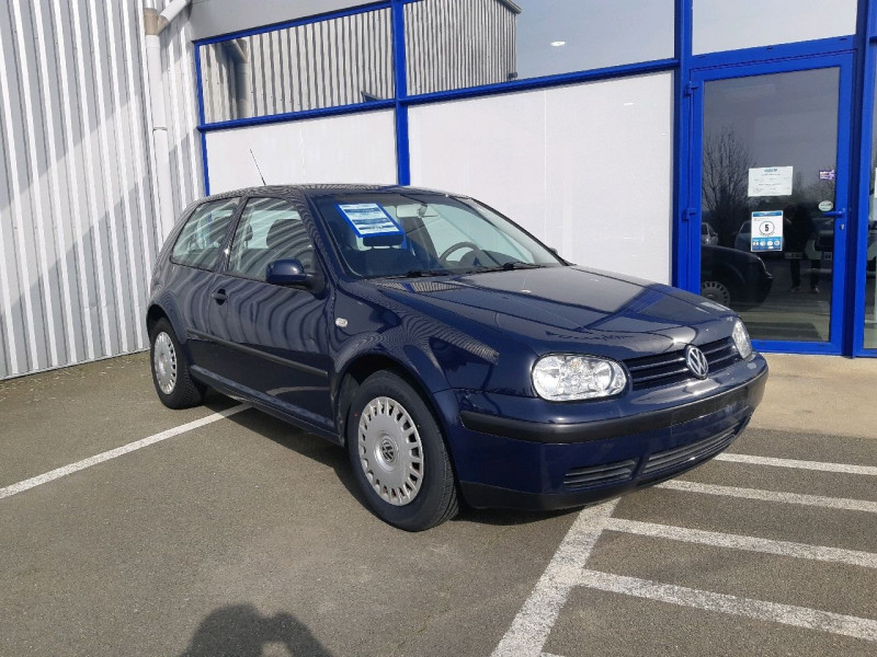 Volkswagen GOLF IV 1.4 75CH 3P Essence BLEU Occasion à vendre