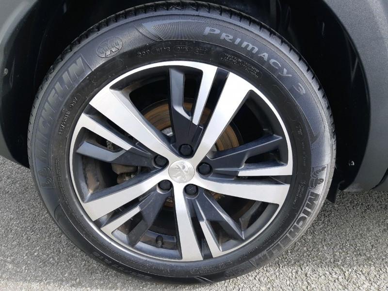Photo 4 de l'offre de PEUGEOT 3008 2.0 BLUEHDI 150CH GT LINE S&S à 20990€ chez Carlyss automobiles Vitré