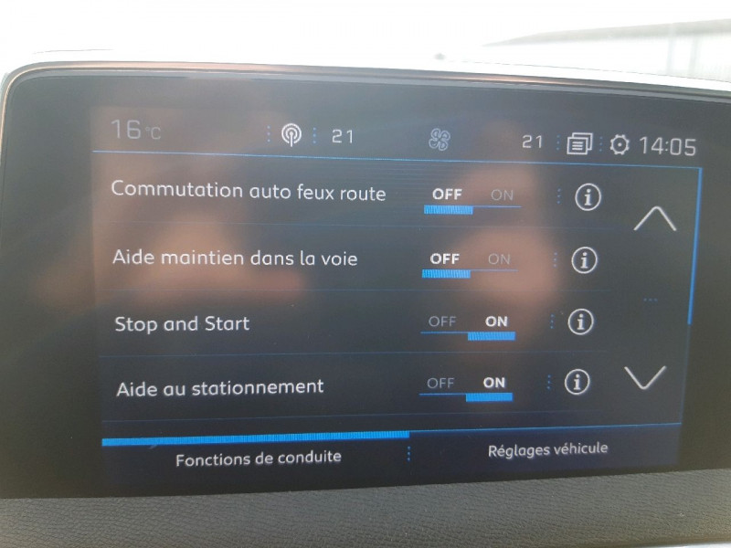 Photo 11 de l'offre de PEUGEOT 3008 2.0 BLUEHDI 150CH GT LINE S&S à 20990€ chez Carlyss automobiles Vitré
