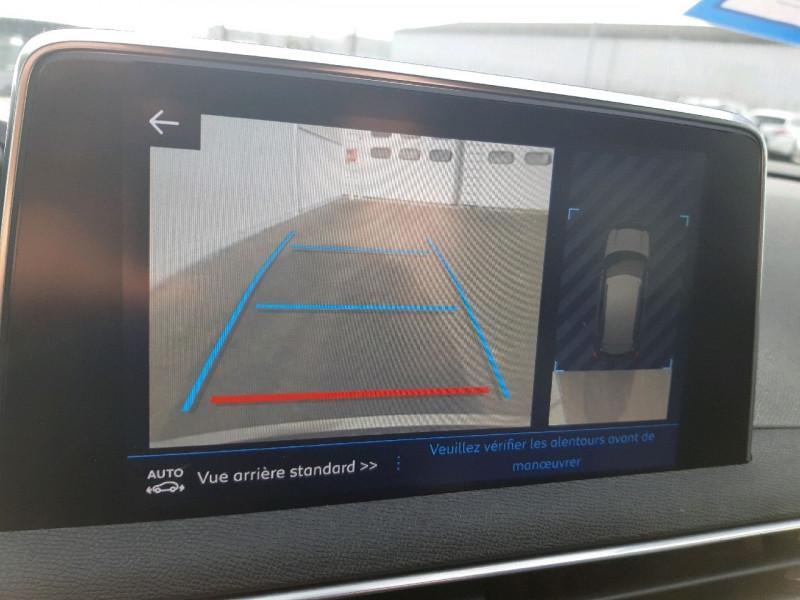 Photo 13 de l'offre de PEUGEOT 3008 2.0 BLUEHDI 150CH GT LINE S&S à 20990€ chez Carlyss automobiles Vitré