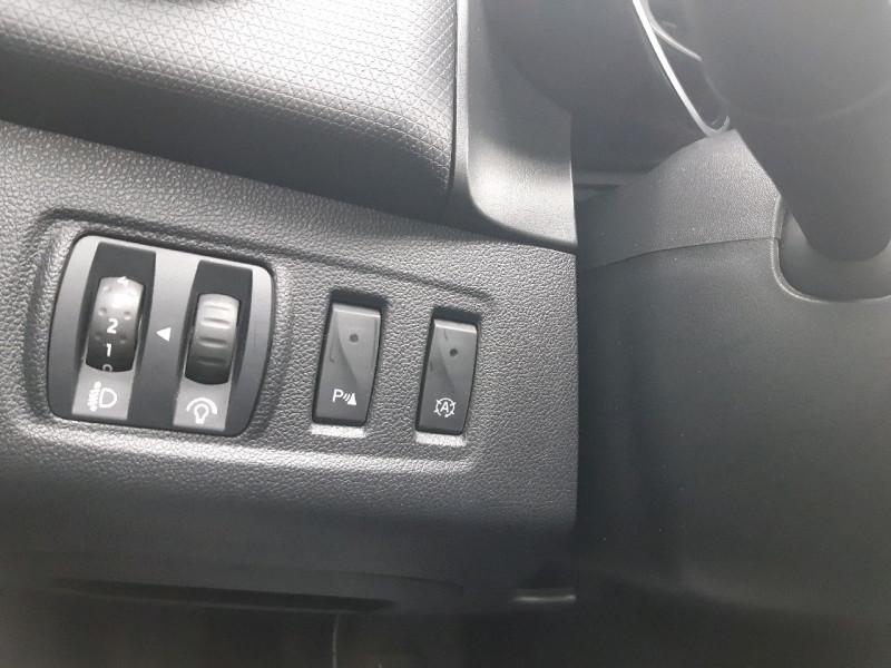Photo 9 de l'offre de RENAULT CLIO IV ESTATE 1.5 DCI 90CH ENERGY ZEN EURO6C à 9990€ chez Carlyss automobiles Vitré