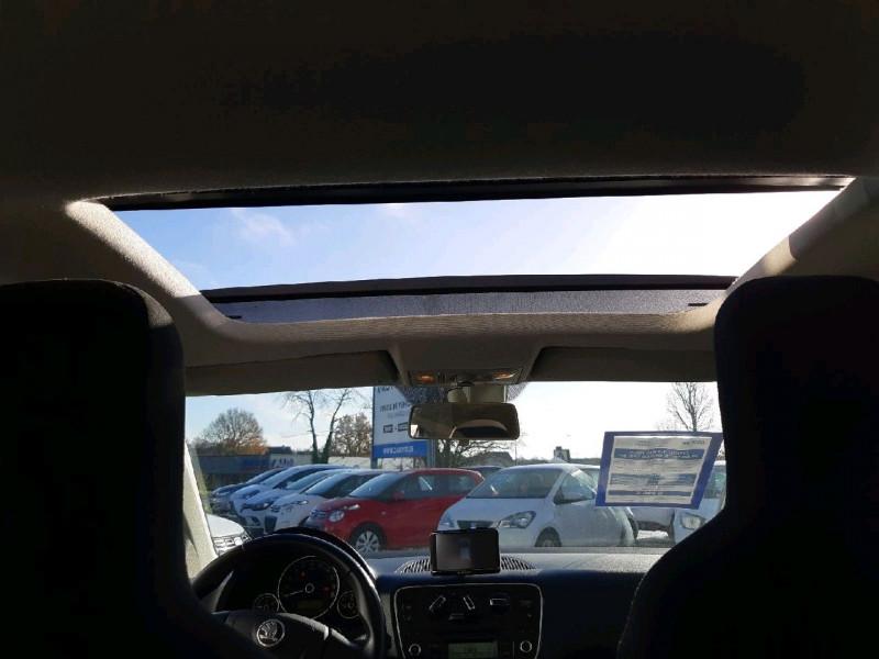 Photo 11 de l'offre de SKODA CITIGO 1.0 MPI 75CH ELEGANCE 3P à 6490€ chez Carlyss automobiles Vitré
