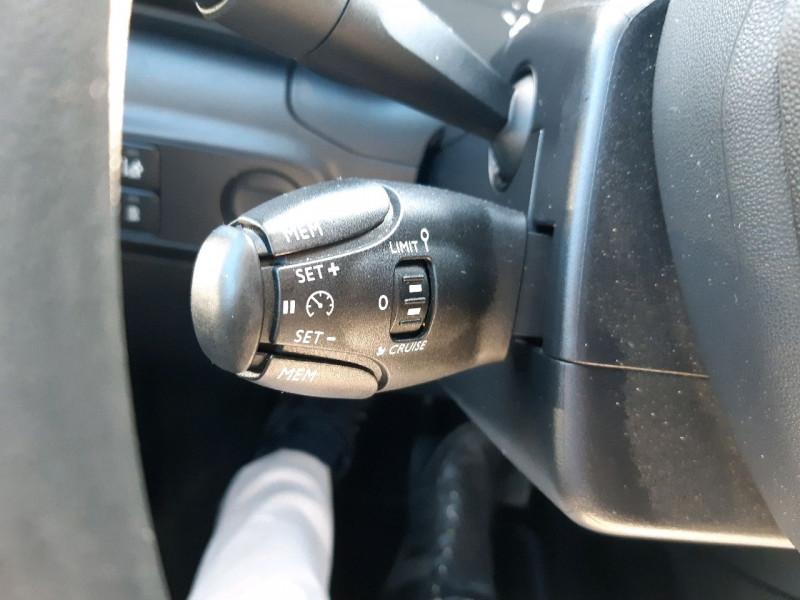 Photo 9 de l'offre de CITROEN C3 BLUEHDI 100CH FEEL S&S à 11790€ chez Carlyss automobiles Vitré