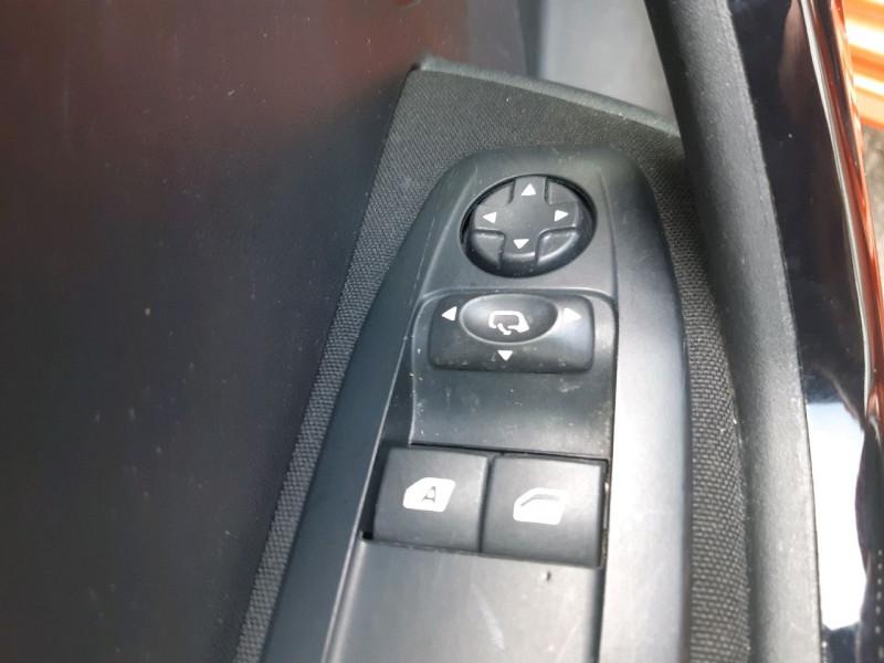 Photo 9 de l'offre de PEUGEOT 208 1.2 PURETECH 82CH ACTIVE 5P à 9790€ chez Carlyss automobiles Vitré
