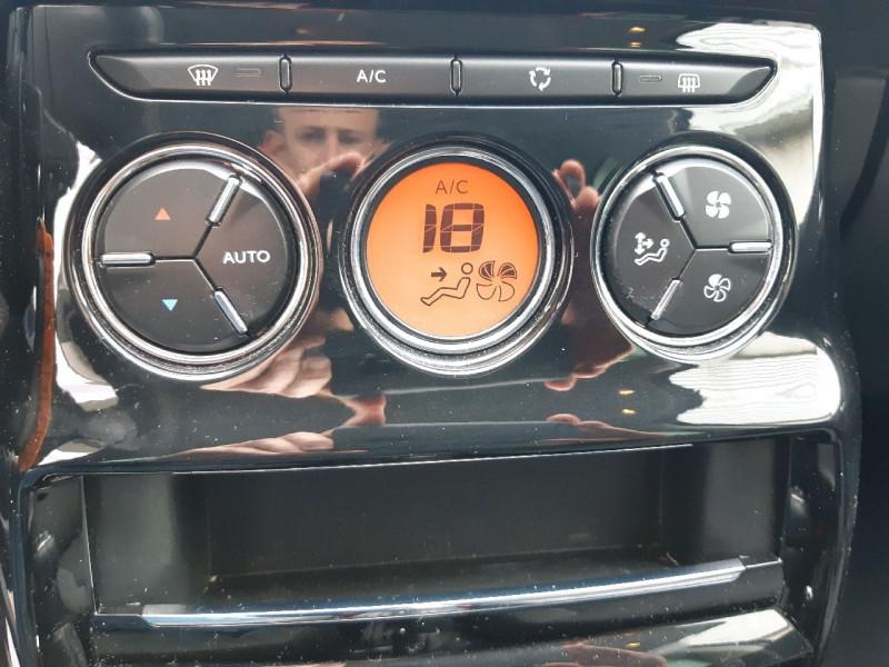 Photo 9 de l'offre de CITROEN C3 BLUEHDI 100 EXCLUSIVE S&S à 10290€ chez Carlyss automobiles Vitré
