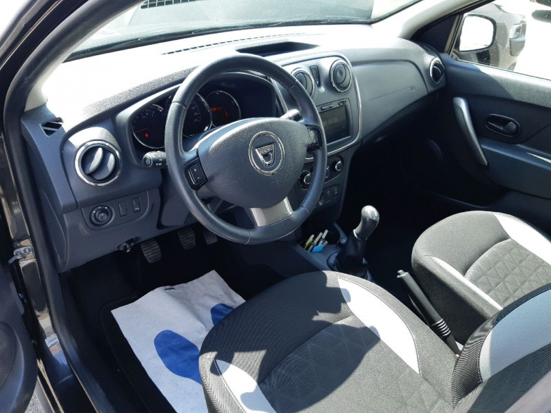 Photo 7 de l'offre de DACIA SANDERO 0.9 TCE 90CH STEPWAY PRESTIGE à 8490€ chez Carlyss automobiles Vitré